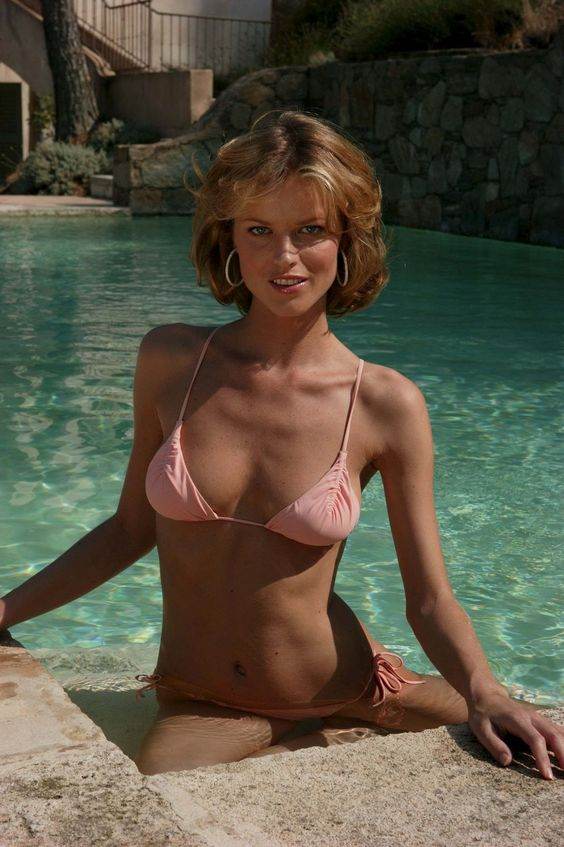 Eva Herzigova Height and Weight