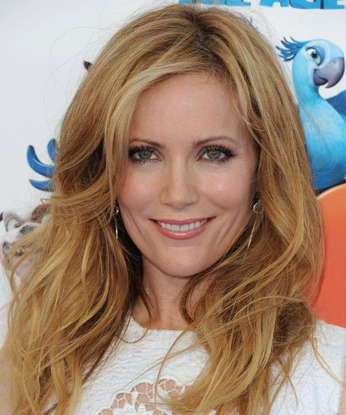 Leslie Mann Height and Weight