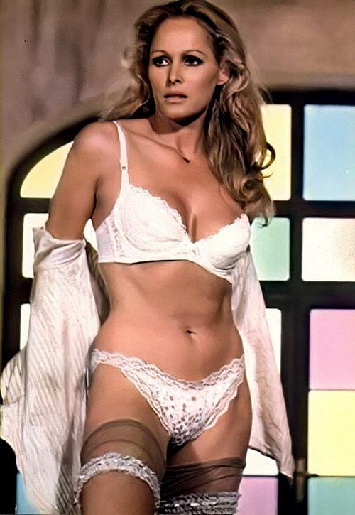 Ursula Andress Height and Weight