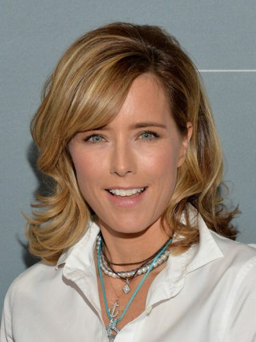 Tea Leoni Height and Weight