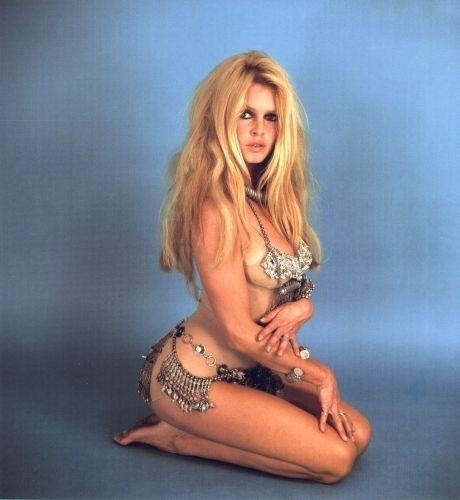 Brigitte Bardot Height and Weight
