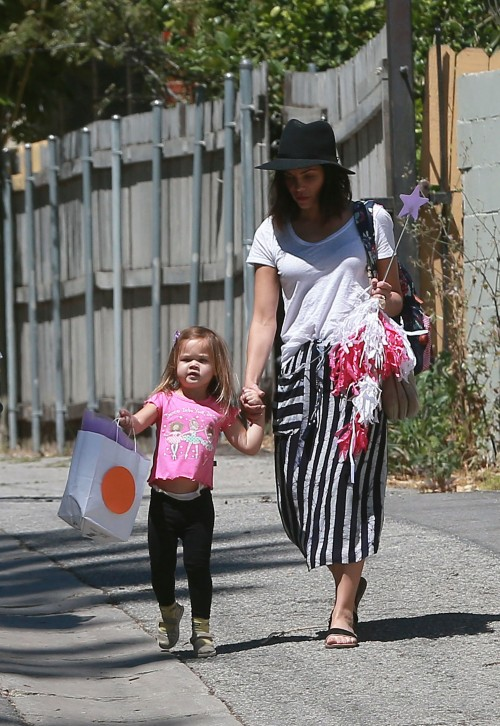 Everly Tatum and her mother, Jenna Dewan