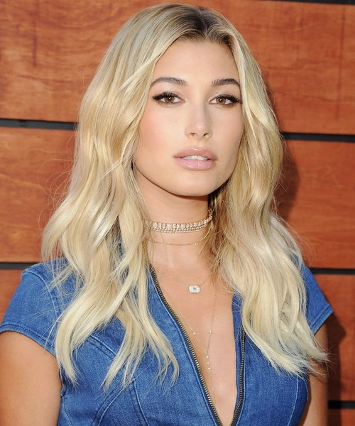 Hailey Baldwin Height and Weight