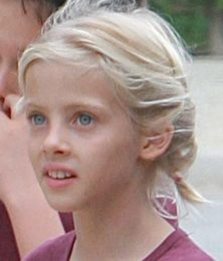Hazel Moder, Julia Roberts' Daughter