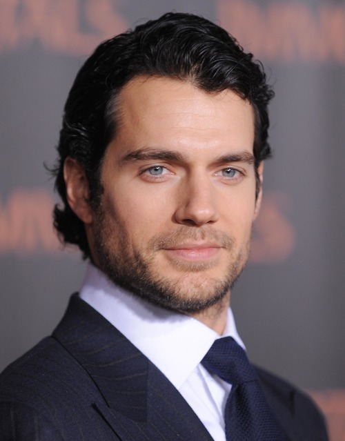 Henry Cavill Height and Weight