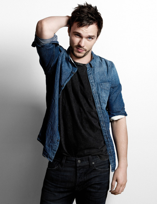 Nicholas Hoult Height and Weight