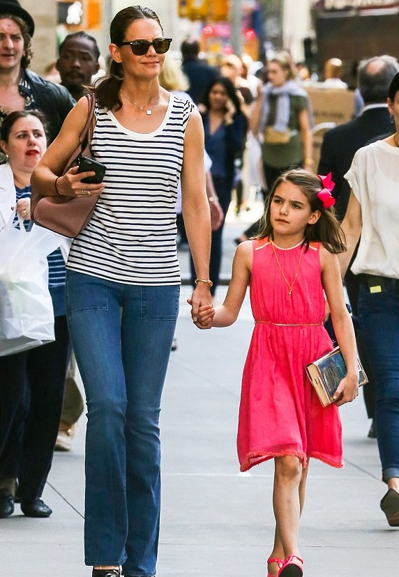 Suri Cruise and her mother, Katie Holmes