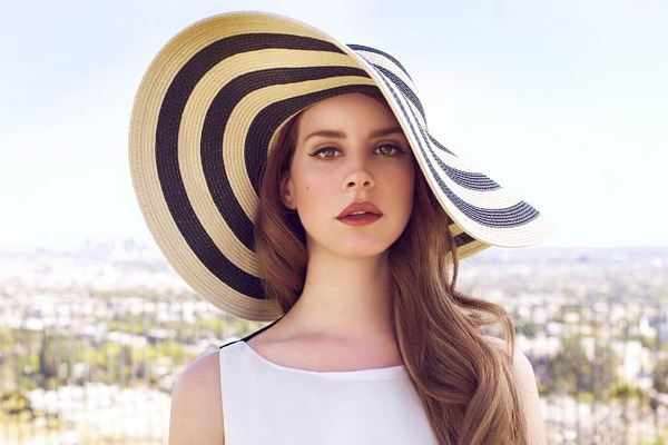 Lana Del Rey Height and Weight