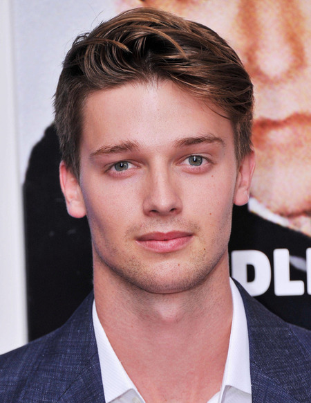 Patrick Schwarzenegger Height and Weight