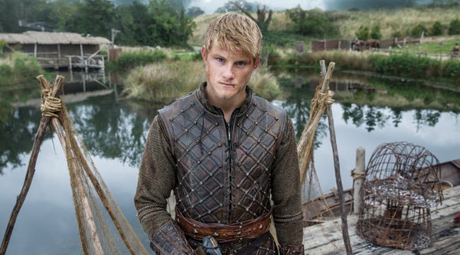 Alexander Ludwig's body measurements are 47-35-16 in /119-89-41 cm