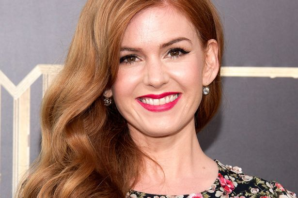 Isla Fisher's hair color is red
