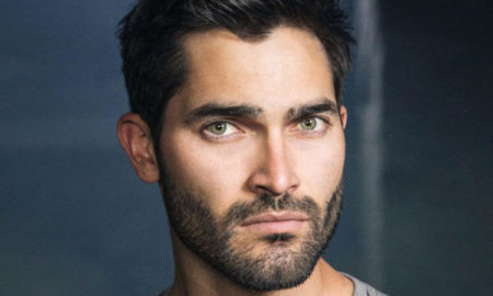 Tyler Hoechlin is 6'/183 cm tall and he weighs 190 lbs/86 kg