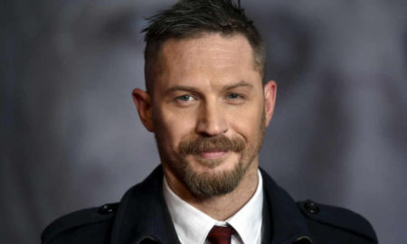 "Tom Hardy is 5'9""/175 cm tall and he weighs 167.5 lbs/76 kg"