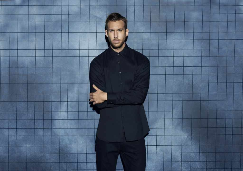 Calvin Harris' Body Measurements are 43-32-15.4 in / 109-81-39 cm