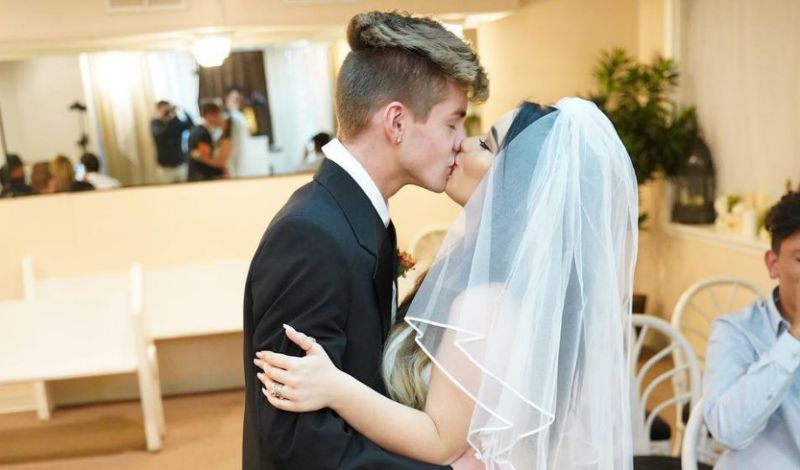Danielle Cohn with her boyfriend Mikey Tua