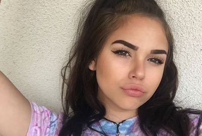 "Maggie Lindemann is 5'4""/163 cm tall and she weighs 115 lbs /52 kg"